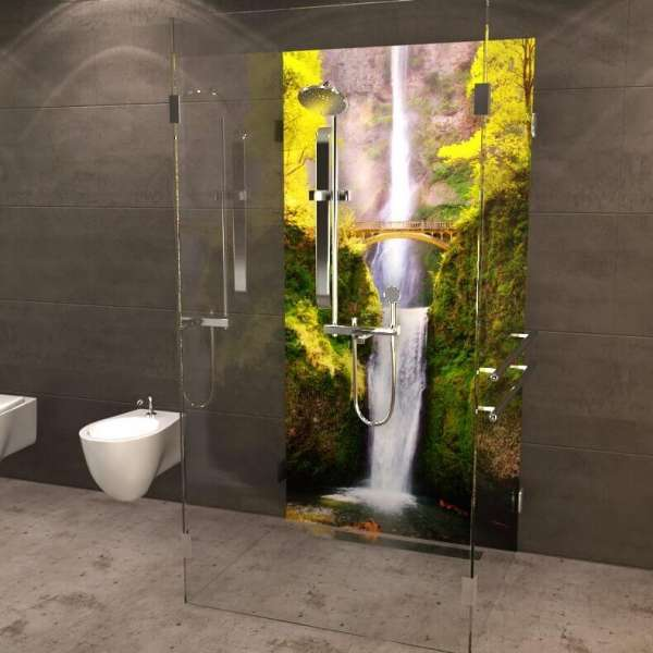 Duschrueckwand Bruecke ueber Wasserfall