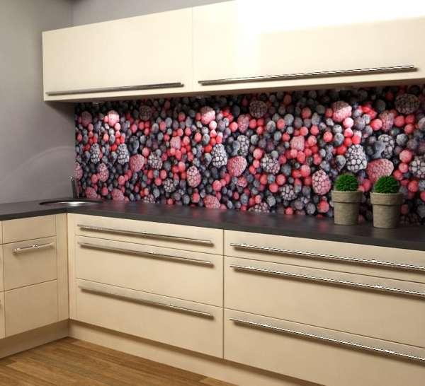 küchenrückwand gefrorene Beeren