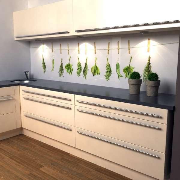 Küchenrückwand Kräuter in kueche