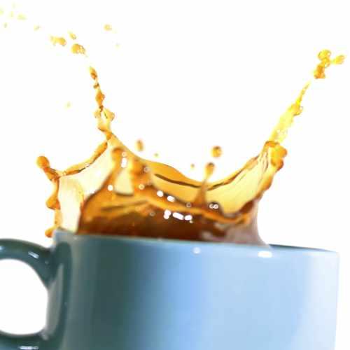 Kuchenruckwand Kaffeetassen